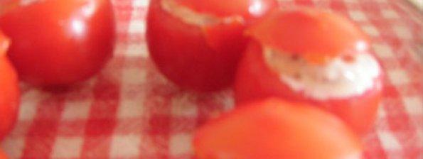 Tomaatjes gevuld met garnalen