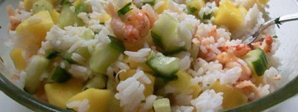 Rijstsalade met rivierkreeftjes en mango