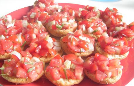 Geroosterd brood met tomaten