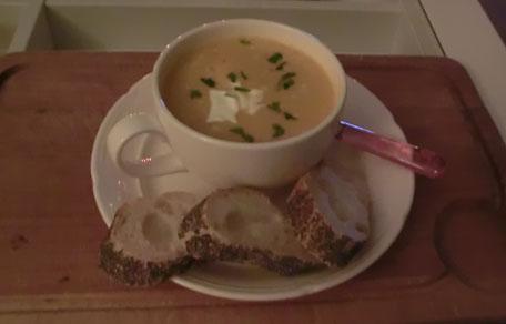 Soep met pompoen, wortel en boursin