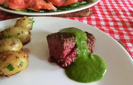 Gemarineerde biefstuk met chimichurri saus